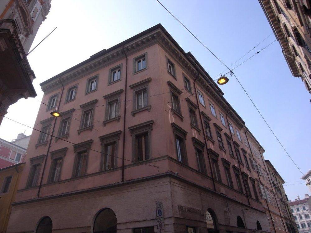 Grande appartamento in Via Tarabocchia – Centrale