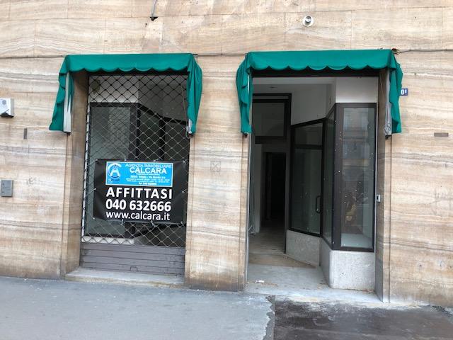 Locale commerciale centralissimo – Via Carducci