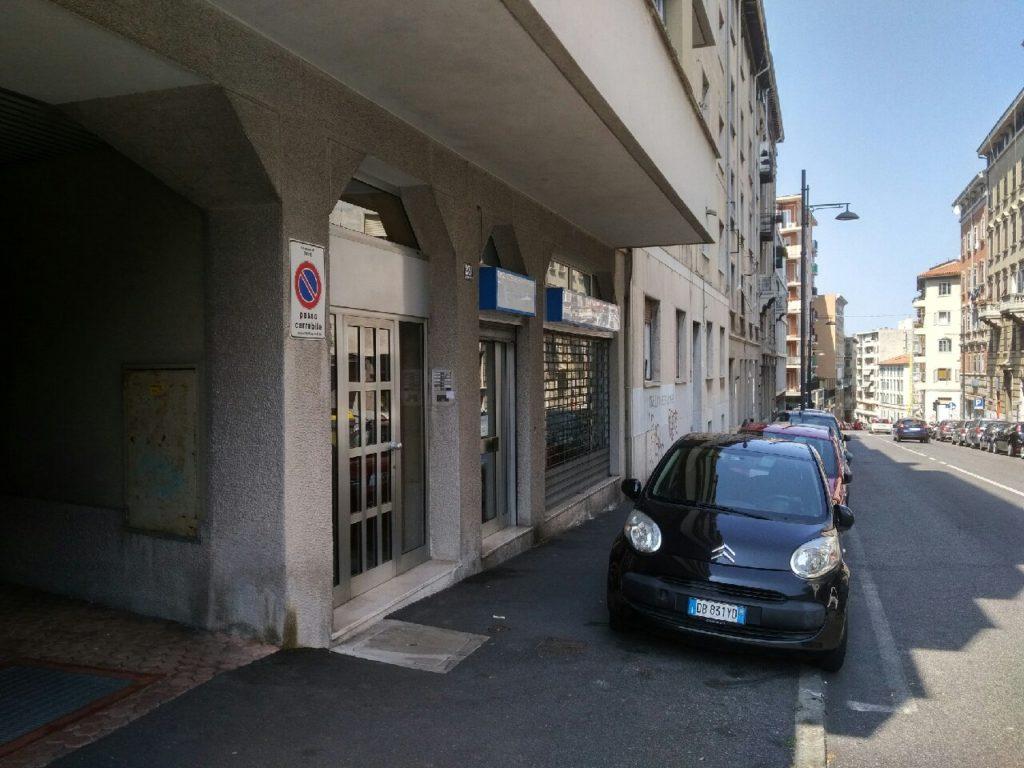 Ampio locale commerciale – Via Revoltella/Fiera