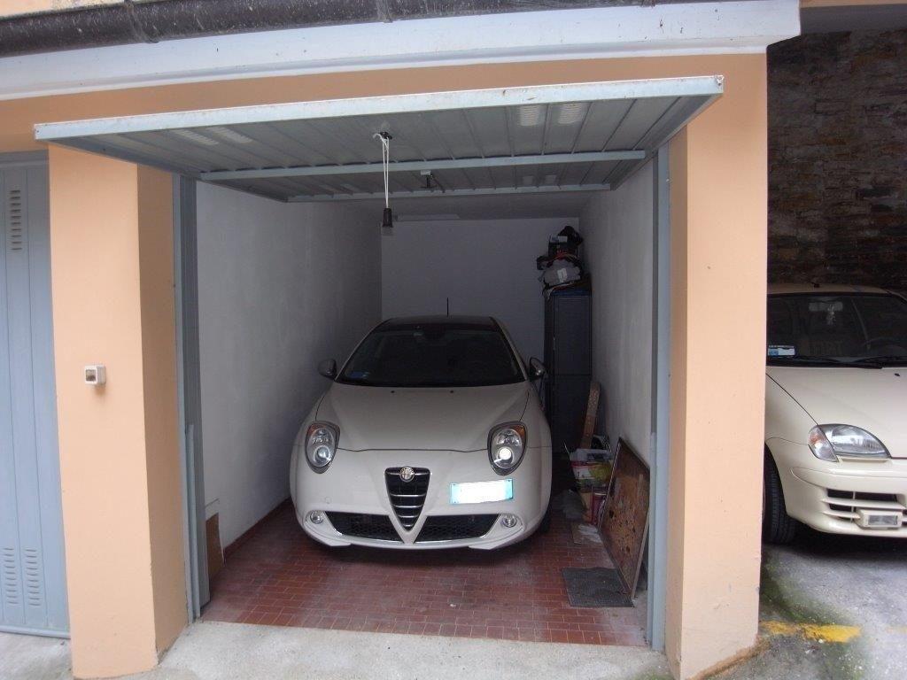 Box Auto in Via del Bosco
