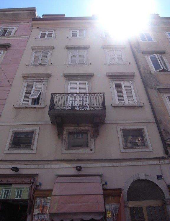 Appartamento in Via Battisti