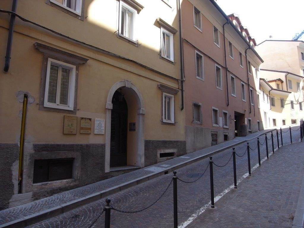 Appartamento in Via del Monte – Piazza Benco