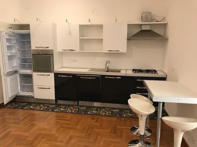 Grande appartamento in zona Corso Italia