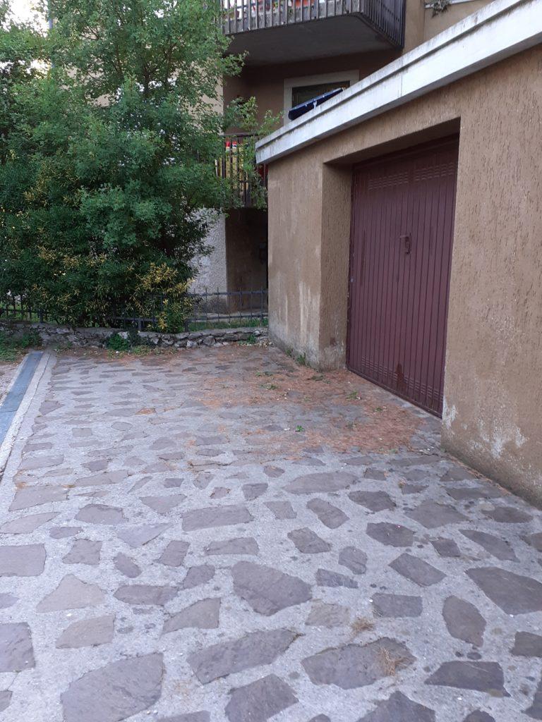 Garage in Via del Biancospino